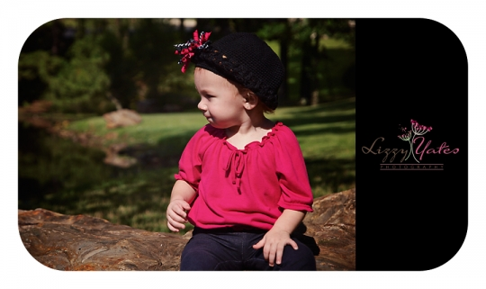 One year old girl photographed in West Little Rock by child photographer Lizzy Yates