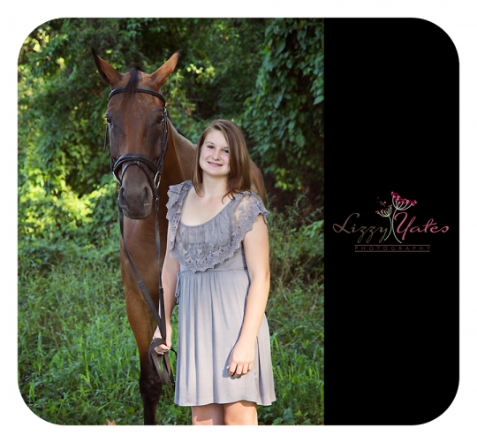A girl and her horse outside Little Rock Arkansas photographed by award winning photographer Lizzy Yates