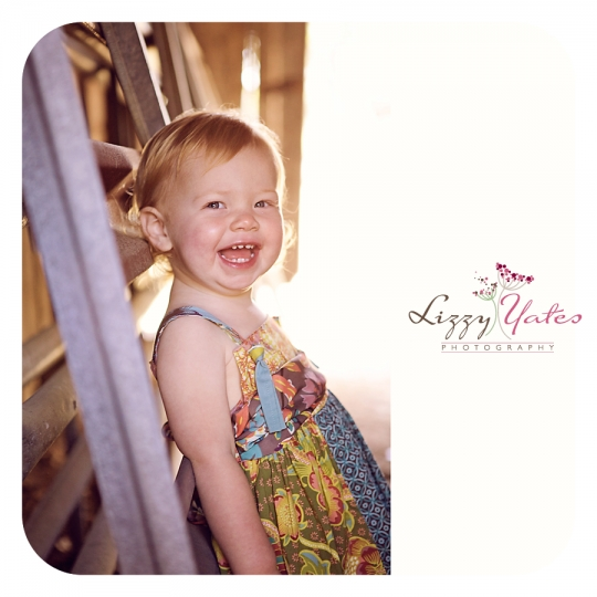 Little Rock Childrens Photographer with special holiday photo sessions
