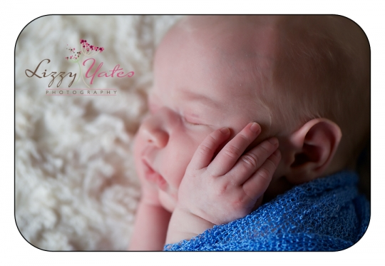 tiny fingers captured during little rock newborn pictures