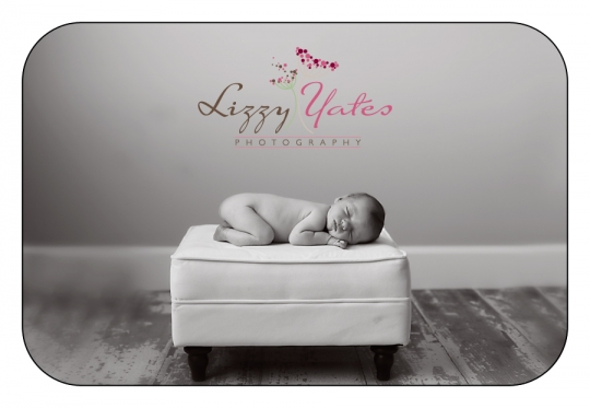 Best newborn pictures in little rock arkansas also serving Cabot, Conway, Hot Springs, Benton and Bryant